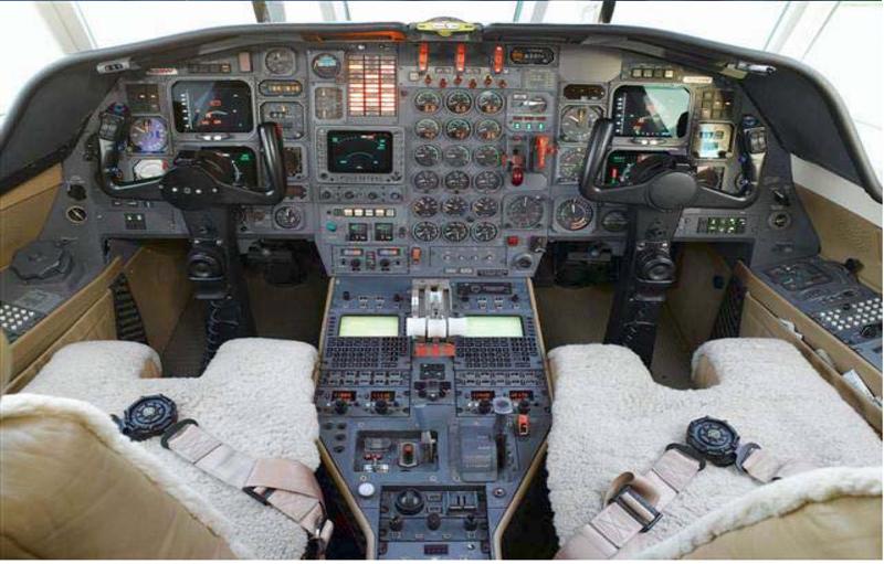 Dassault Falcon 50 1988_dassault_falcon_50_2a